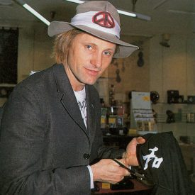 Viggo Mortensen in Japan May 2003