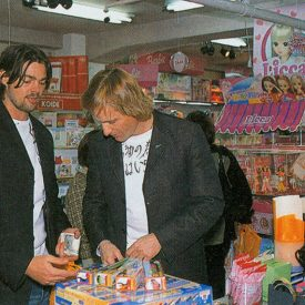 Viggo Mortensen & Karl Urban in Japan May 2003