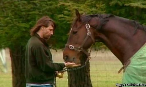 Viggo Mortensen with Uraeus in pasture