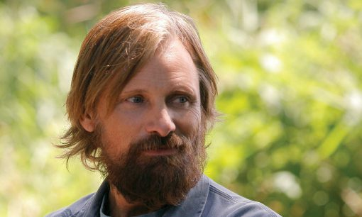 portrait of Viggo Mortensen in Captain Fantastic