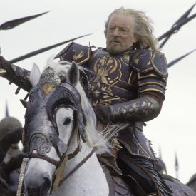Bernard Hill as Theoden with Snowmane in The Return of the King
