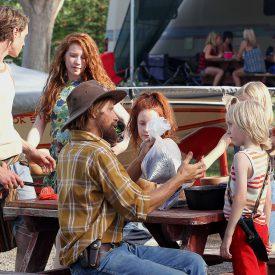 Viggo Mortensen & cast in Captain Fantastic