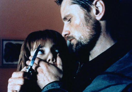 Viggo Mortensen & Ángela Molina in Gimlet